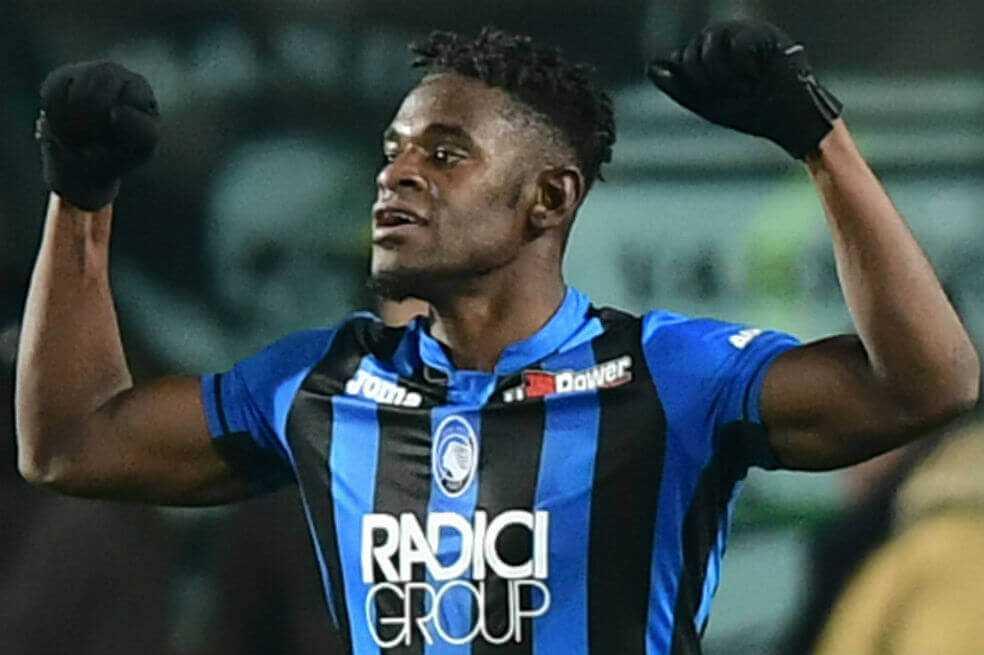 Duván Zapata marcó doblete en la victoria de Atalanta sobre Juventus