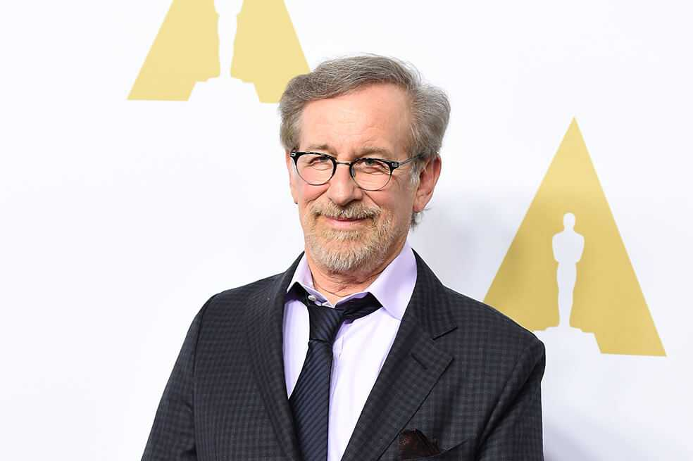 Steven Spielberg quiere modificar reglamento de los Óscar para vetar a Netflix