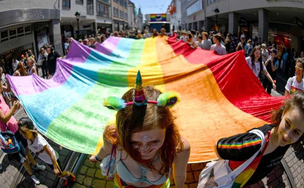 Brunei castigará con pena de muerte a homosexuales y adúlteros