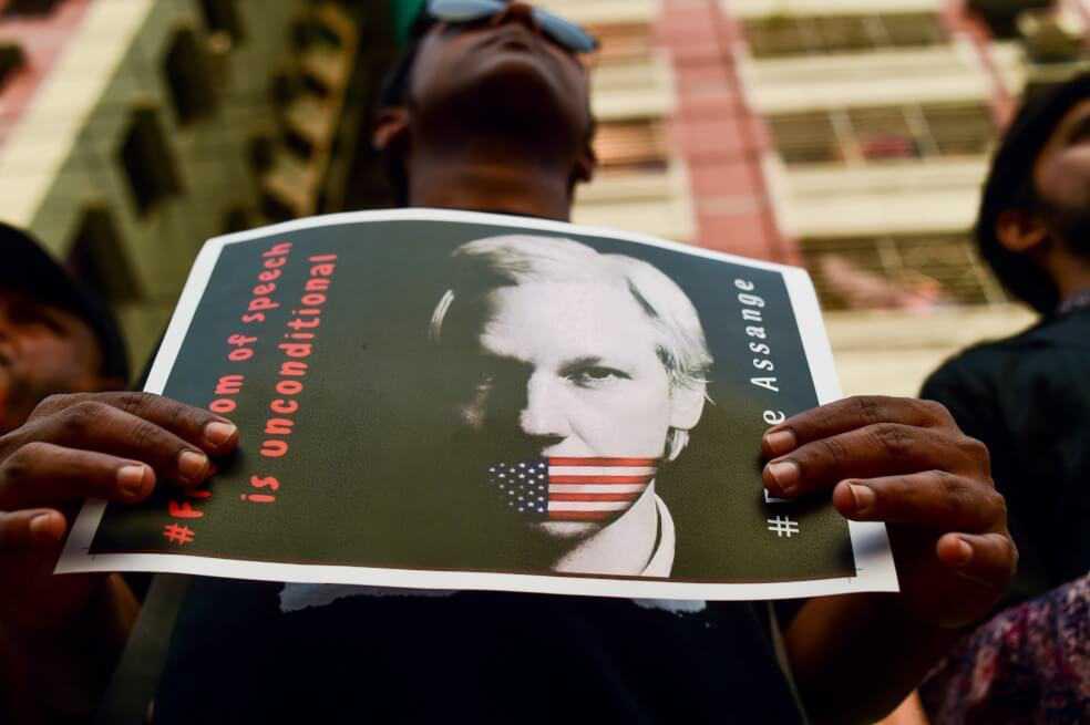 EE.UU. anuncia 17 nuevos cargos contra Julian Assange