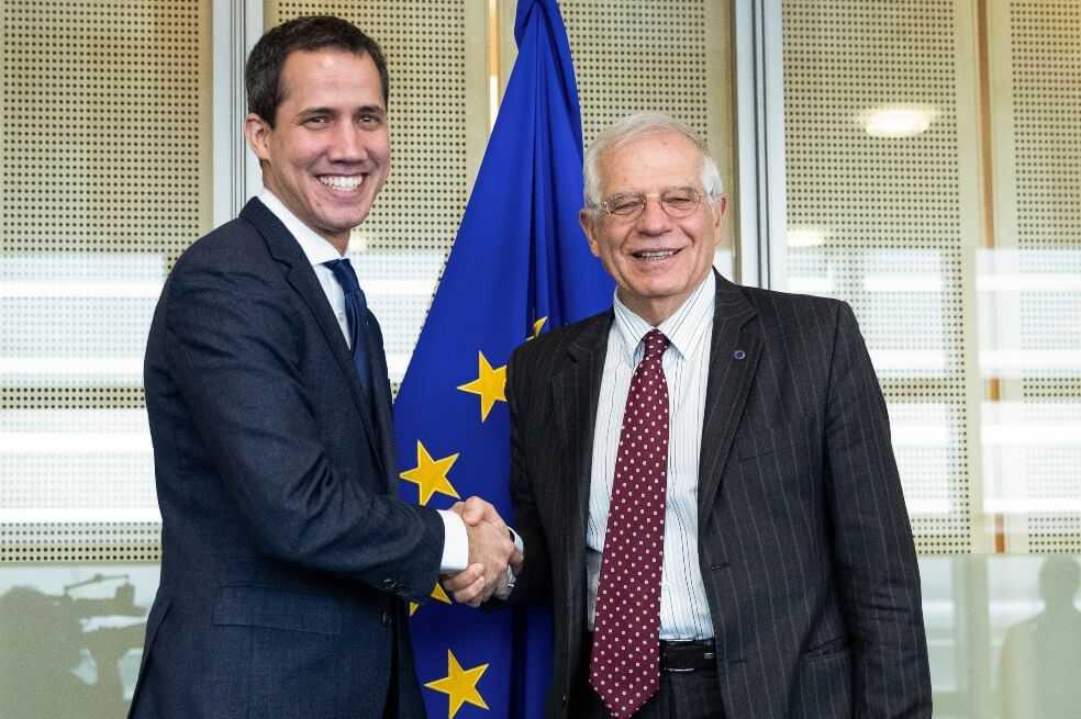 Juan Guaidó llega a Bruselas para buscar apoyo de la Unión Europea