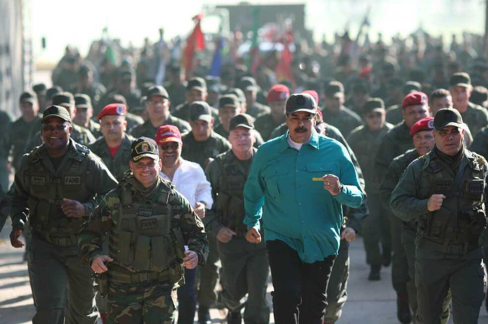 Maduro anuncia ejercicios militares en Venezuela para el mes de febrero
