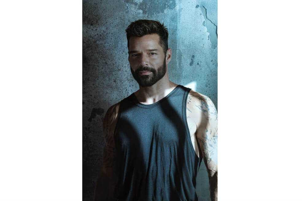 Ricky Martin estrena «Tiburones», balada sobre amor, unión y aceptación