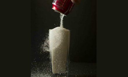 El consumo de bebidas azucaradas cayó en Chile tras adopción de Ley de Etiquetado