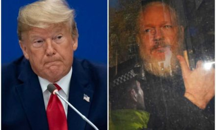 Trump chantajeó a Assange con un indulto a cambio de limpiar su nombre en el Rusiagate