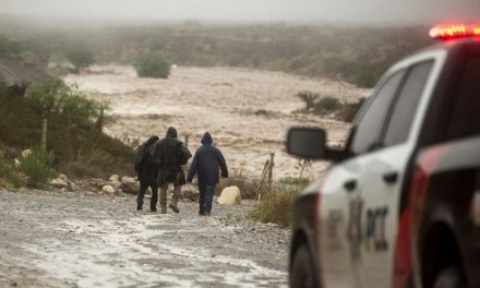 Hanna, la tormenta tropical que le tumbó a Trump parte del muro en la frontera con México