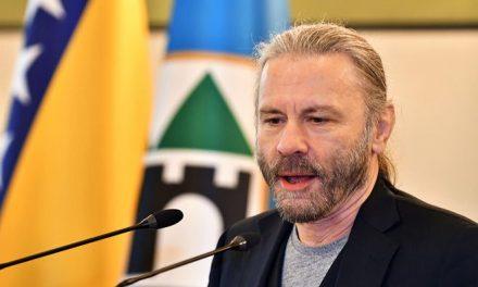 Conferencia de Bruce Dickinson en Bogotá se pospone hasta diciembre de 2021
