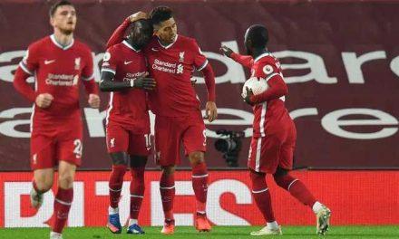 Liverpool venció 3-1 al Arsenal y sigue de líder en la Premier League