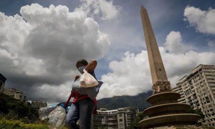Autopsias verbales, la estrategia de la oposición venezolana para contar muertos por COVID-19