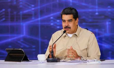 Venezuela: Nicolás Maduro se niega a posponer elecciones legislativas