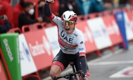 Jasper Philipsen ganó la etapa 15 de la Vuelta a España