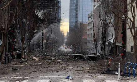 Policía investiga una explosión en el centro de Nashville, Estados Unidos