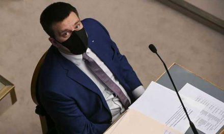 Crisis en Estonia: el primer ministro dimite por un caso de corrupción
