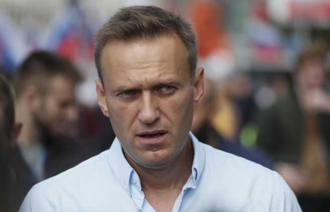 Salud de líder opositor ruso estaría deteriorando en prisión, denuncia su esposa
