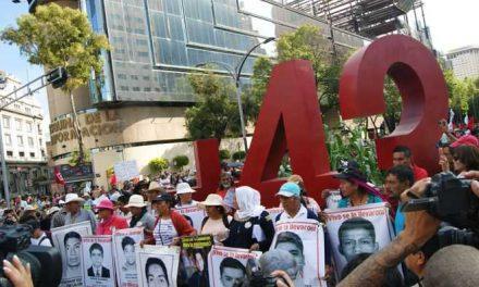 La Comisión de DD.HH. de México critica su propio informe del caso Ayotzinapa, ¿por qué?