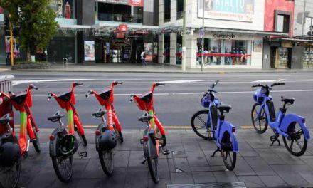 Nueva Zelanda aumenta el salario mínimo y sube los impuestos a los ricos