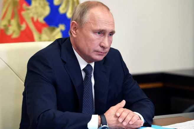 Rusia no revelará qué vacuna recibió Putin, pero es seguro que fue rusa