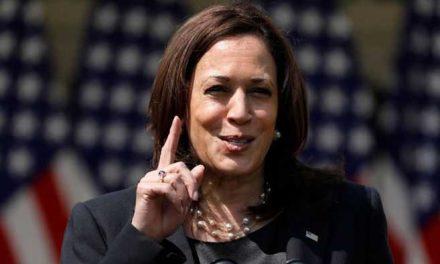 Kamala Harris promete al presidente de Guatemala más ayuda a Centroamérica