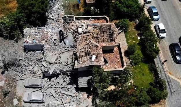 Enfrentamientos entre Israel y los palestinos dejan 50 muertos