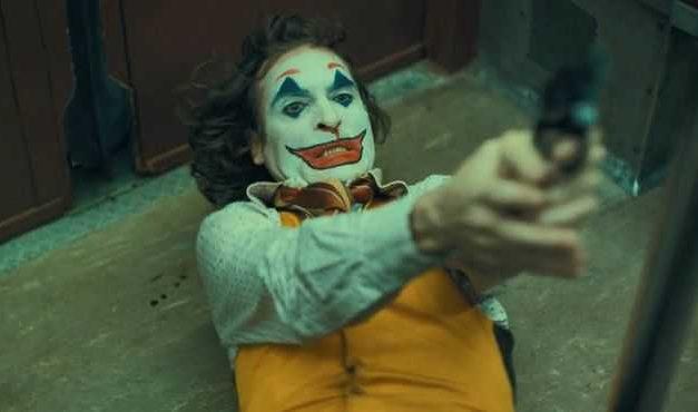 """Todd Phillips escribirá y dirigirá """"Joker 2″… ¿con Joaquin Phoenix?"""